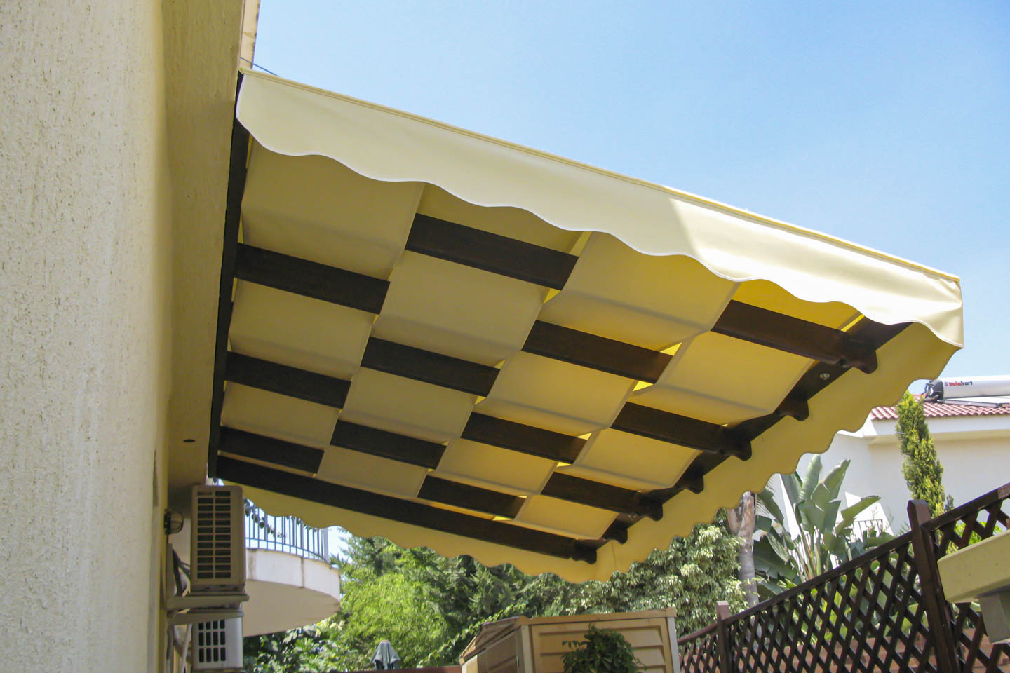 Victoria Trading Tents - Permanent Solutions: Waterproof Pergolas