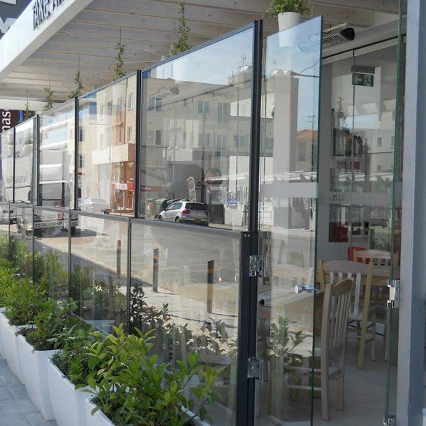 Victoria Trading Tents - Glass Systems: Windbreak Glass