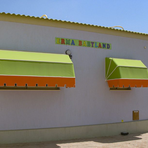 Victoria Trading Tents - Shading Tents: Canopies