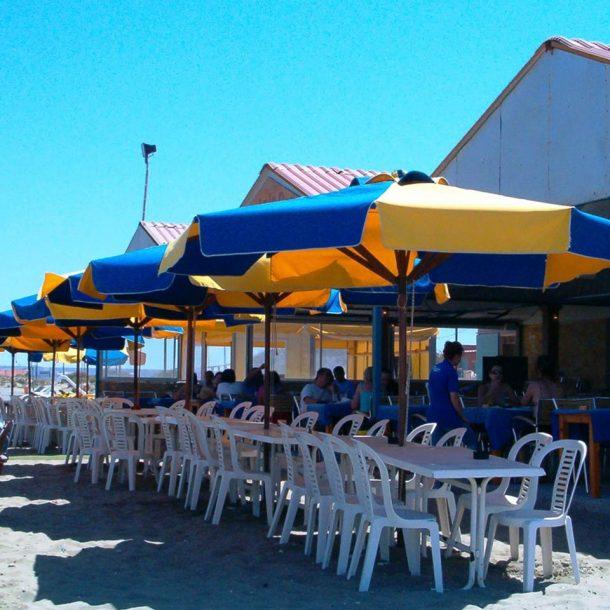 Victoria Trading Tents - Umbrellas: Wood Umbrellas